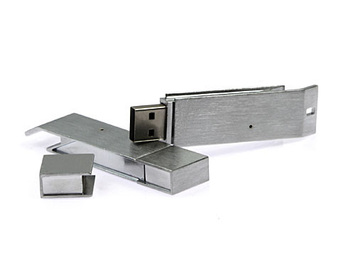 USB-Stick Flaschenöffner aus Metall als Werbegeschenk mit Logo