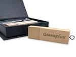 Omni plus Holz USB-Stick mit Logo Gravur
