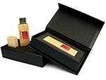 MPB Geschenkverpackung mit Holz USB-Stick