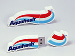 Aquafresh Zahnpasta USB-Stick in der Form des Logos
