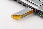 Formschöner Aluminium USB-Stick in vielen farben