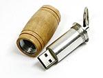 Holzfass USB-Stick mit Logo