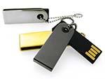 Kleiner Nano USB-Stick mit Kugelkette
