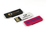 Kleiner USB-Stick zum anheften