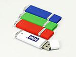 USB-Stick aus Kunsttoff in bunten Farben
