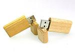natürlicher umweltfreundlicher USB-Stick aus Holz als Werbeartikel