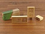 Eckiger Holz USB Stick schlicht  mit Logo in hellbraun buche hell mit Standardverpackung Faltschachtel holzoptik