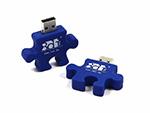 Blau gefärbtes USB Puzzelstück Logo Relieflogo